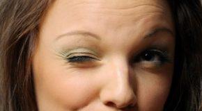 آشنایی با بیماری بلفارواسپاسم (پلک زدن غیر ارادی)