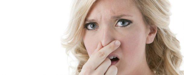 بوی بد دهانتان نشان دهنده ی چیست؟