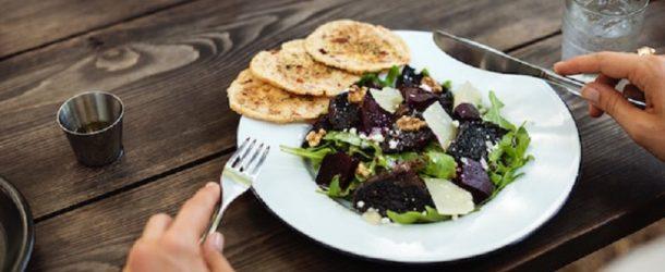 راهکارهایی برای داشتن تغذیه ی سالم در رستوران